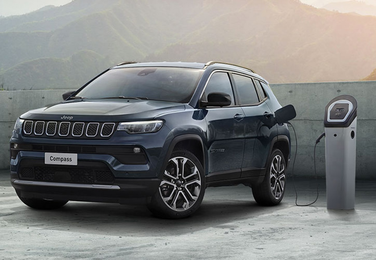 Nuova Jeep Compass 4xe Plug-in Hybrid
